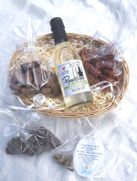 LUXURY GIFT WRAPPED DOG HAMPER WITH HEART TAG, WHITE DOG WINE, DOG TEA & TREATS